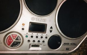 Yamaha Yamaha DD-55c Digital Percussion Stereo Drums Drum Machine w/ Power Cord for Sale in Roseville, CA