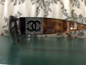 Chanel crystal logo sunglasses for Sale in Duxbury, MA