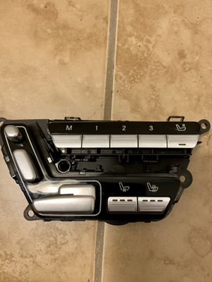 Mercedes s550 w221 driver door module w/seat controls for Sale in Fort Lauderdale, FL
