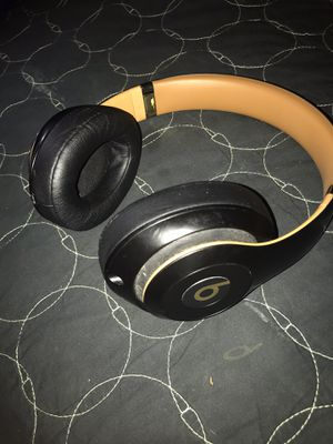 Beats studio 3 headphones for Sale in El Paso, TX