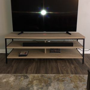 Contemporary TV Stand for Sale in Lilburn, GA
