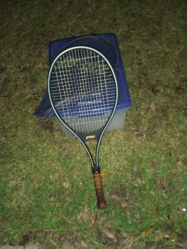Prince Graphite Ladies Tennis Racket with matching case ***Bonus Racket Included***