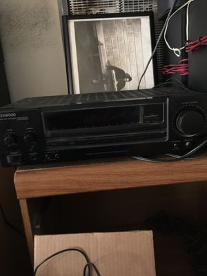 Kenwood stereo receiver for Sale in Los Angeles, CA