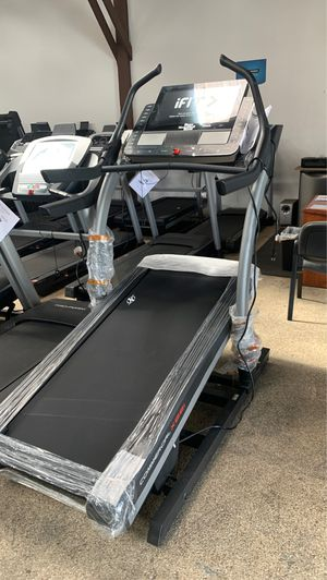 Treadmill NordicTrack X22i incline Trainer - - for Sale in Torrance, CA