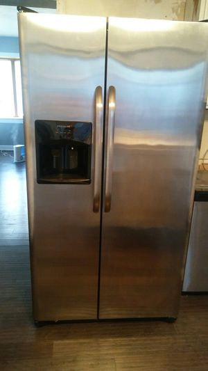 Frigidaire for Sale in Delta, IA