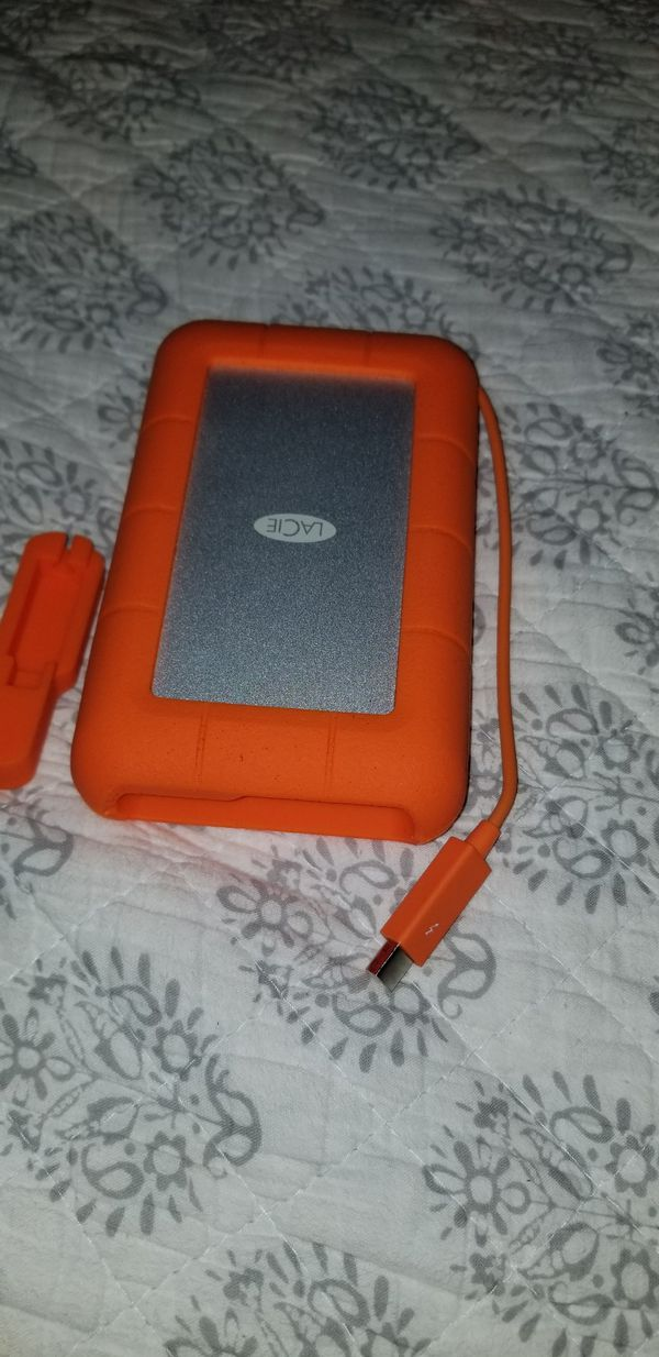 Lacie 4tb harddrive thunderbolt and mac plug
