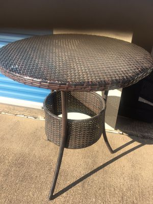 Table. 3 ft tall for Sale in Arlington, TX