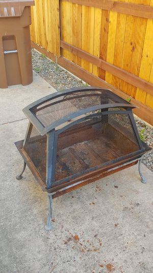 FREE Firepit w/cover for Sale in Elk Grove, CA