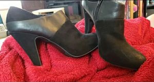 Fergalicious Booties sz 9 for Sale in Sioux Falls, SD