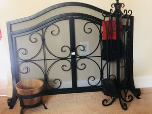 Fireplace Screen & Accessories for Sale in Leesburg, VA