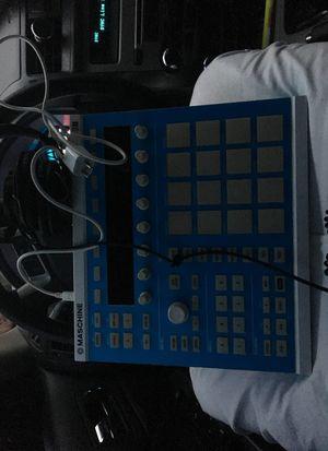 Dj equipment ( maschine ) for Sale in Dallas, TX