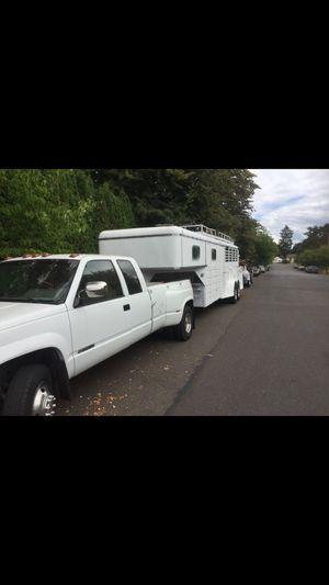 1994 4 stall Horse trailer 26 feet gooseneck for Sale in Portland, OR