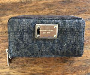 Michael Kors Wallet for Sale in Piedmont, SC