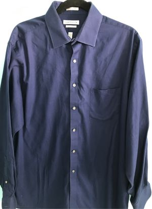 17x34/35 men's van heusen wrinkle free navy shirt for Sale in North Palm Beach, FL