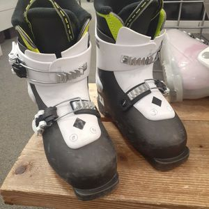 Kid Ski Boots 19.5 for Sale in Kalkaska, MI