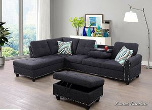 New Charcoal Linen Sectional with Storage Ottoman for Sale in Puyallup, WA