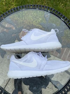 White nike Tanjun for Sale in Trenton, NJ