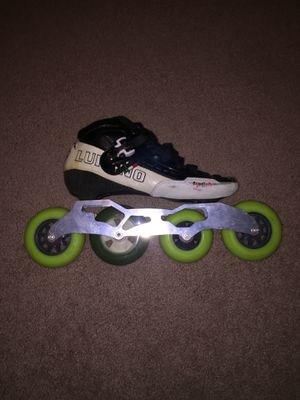 Speed skates plus bag for Sale in Orlando, FL