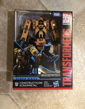 """Transformers Studio Series 41 Deluxe Class : Revenge of the Fallen Movie """"Constructicon Scrapmetal"""" for Sale in Ripon, CA"""
