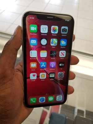 iPhone XR 64gb White for Sale in Port Charlotte, FL