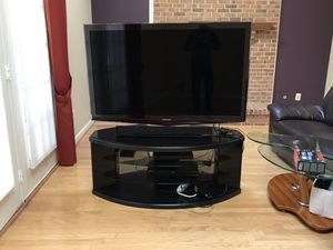 Samsung 55inch TV and stand for Sale in Clifton, VA