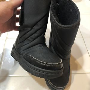 Toddler Snow Boots for Sale in Walnut, CA