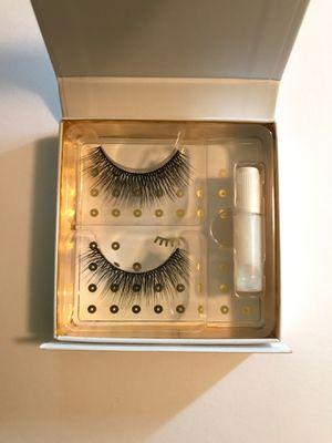 NEW (unused) Battington Beauty Lashes for Sale in Elmira, NY