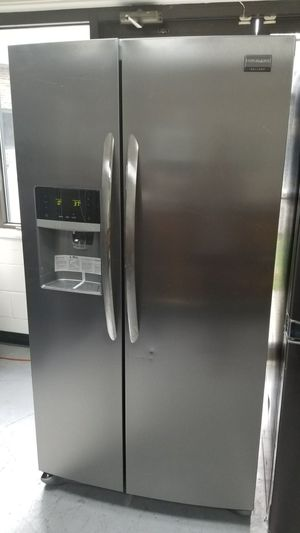 "New open box 36""width Frigidaire stainless steel for Sale in Temple Hills, MD"