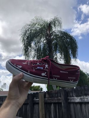 Supreme Playboy Vans Burgundy size 10 for Sale in Miami, FL