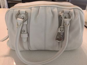 Cole haan brand new leather purse for Sale in Dallas, TX