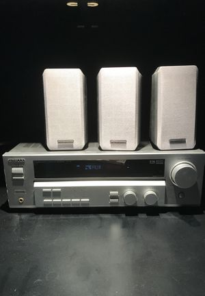 Kenwood 5.1 home stereo for Sale in Signal Hill, CA