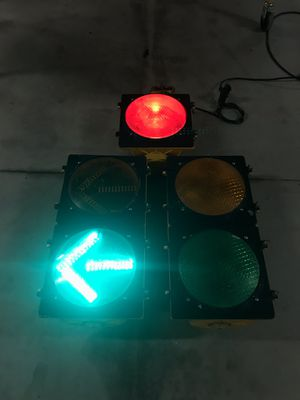 'Dog House' Traffic Light for Sale in SD, US