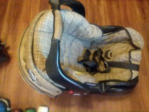 Graco car seat for Sale in Upper Arlington, OH