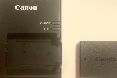 Cannon LC-E10 Battery And Charger for Sale in Stroudsburg,  PA