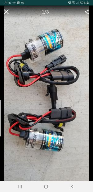brand new pair of 9006 8000k ice blue color hid bulbs for Sale in Victorville, CA