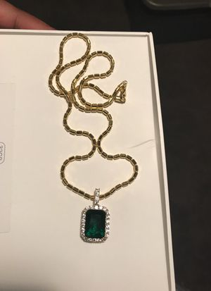 Chain (With Emerald) for Sale in Baltimore, MD