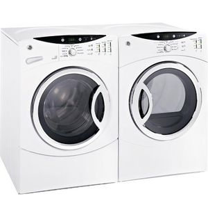 WASHER DRYER SET HE BARELY USED for Sale in La Crosse, WI
