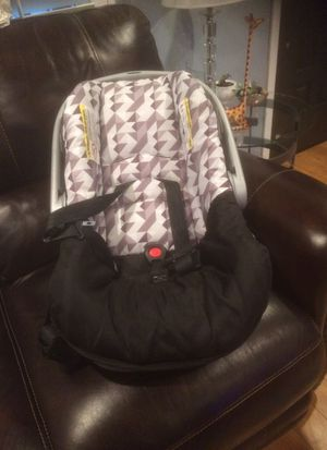 Car Seat for Sale in Long Beach, CA
