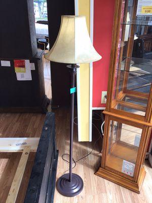 New Brown Floor Lamp for Sale in Virginia Beach, VA