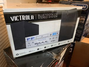 Victrola bluetooth cd stereo system for Sale in Nashville, TN