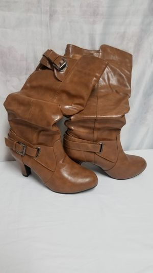 Brown boots size 7/8 new for Sale in Stockton, CA