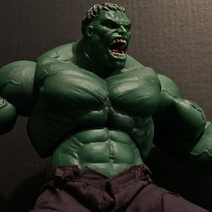 2003 HULK Movie Toy Biz 13 inch raging hulk action figure rare htf for Sale in Edinburg, TX