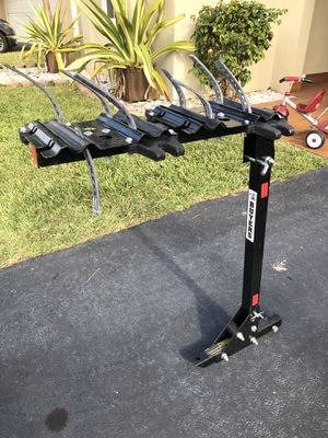Trailer hitch bike rack for Sale in Tamarac, FL