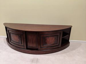 TV Stand/ Entertainment center for sale for Sale in Clarksburg, MD