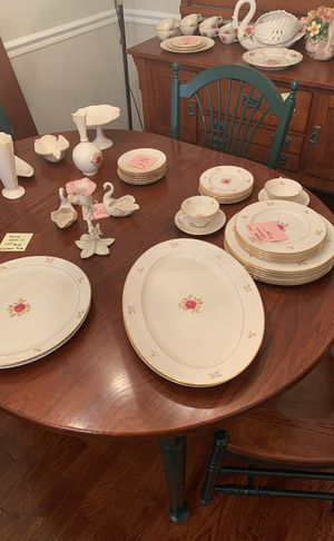 Lenox rhodora 25 piece set for Sale in Alexandria, VA
