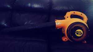 Poulan Pro BVM200 VS 25cc Gas Leaf Blower for Sale in Elgin, SC