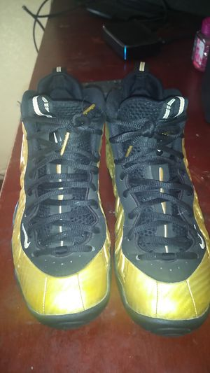 Foamposite size 5.5Y for Sale in Stockton, CA