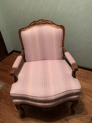 1980 Bernhardt French Louis XV Style open armchair for Sale in Schaumburg, IL