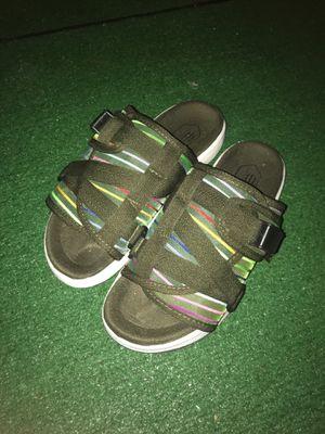 FETTY Sandals for Sale in Bellflower, CA