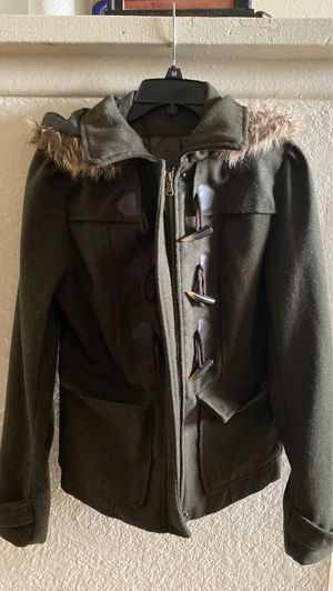 Woman's winter coat jacket / Abrigo para mujer for Sale in Fontana, CA